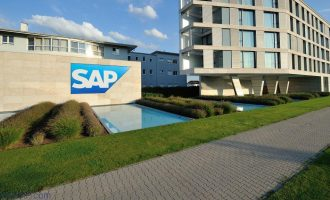 "SAP再获""2017中国杰出雇主""称号"